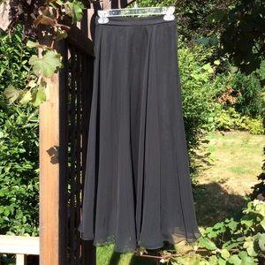 Dresses & Skirts - Stunning soft-black full length chiffon skirt